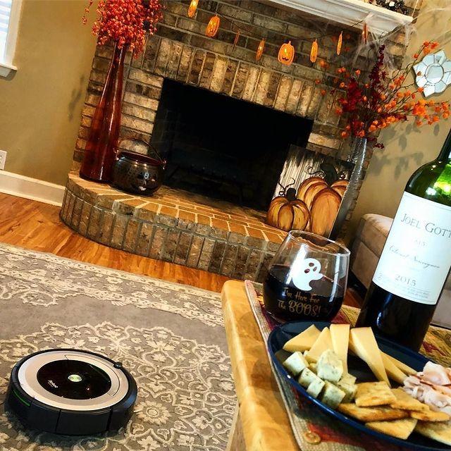 #iRobotRegram seejesscook #iRobot #Roomba #Braava #roboticvacuumcleaner #roboticmop #robotaspirator #robotmop #sparklingclean #robot #robots #robotic #curatluna